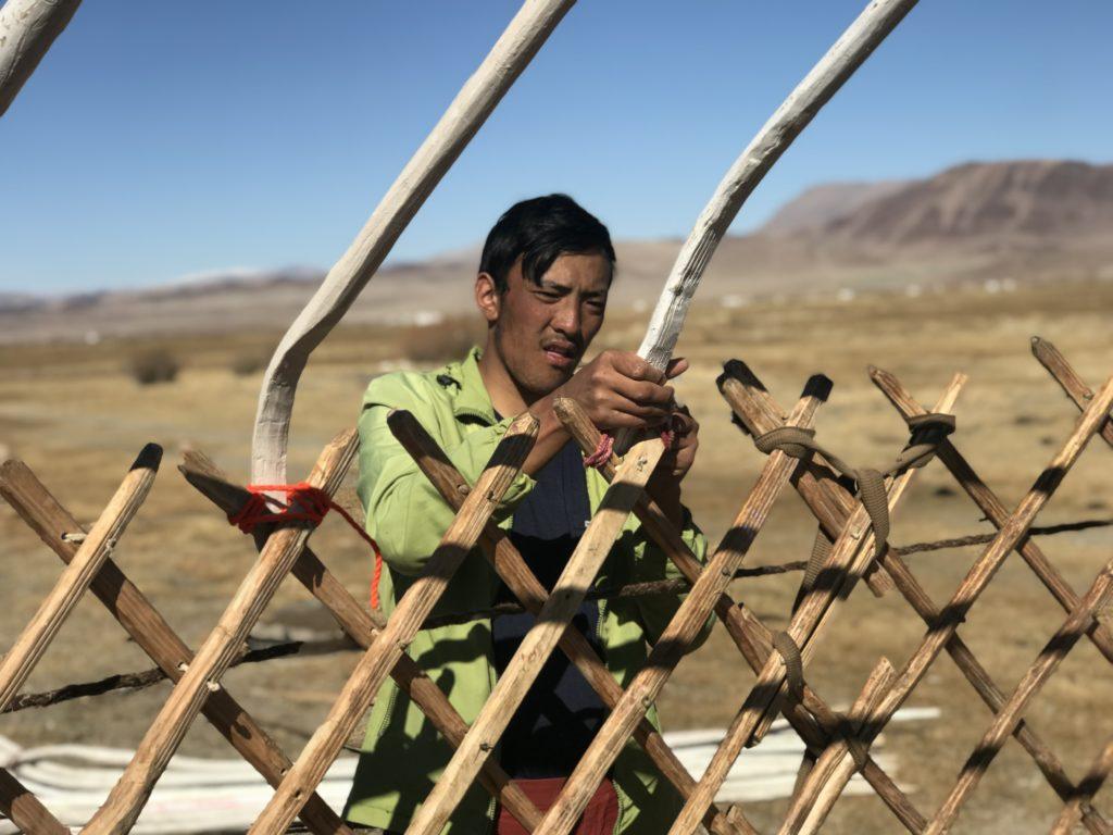 Početna faza montaže mongolskog Gera