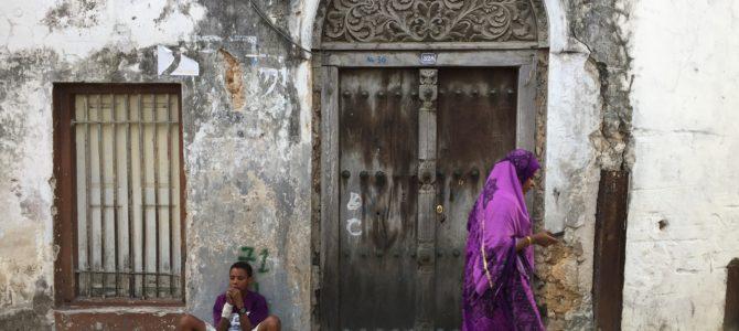 Stone town – vrata Zanzibara